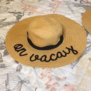 2 ON VACAY BEACH HATS